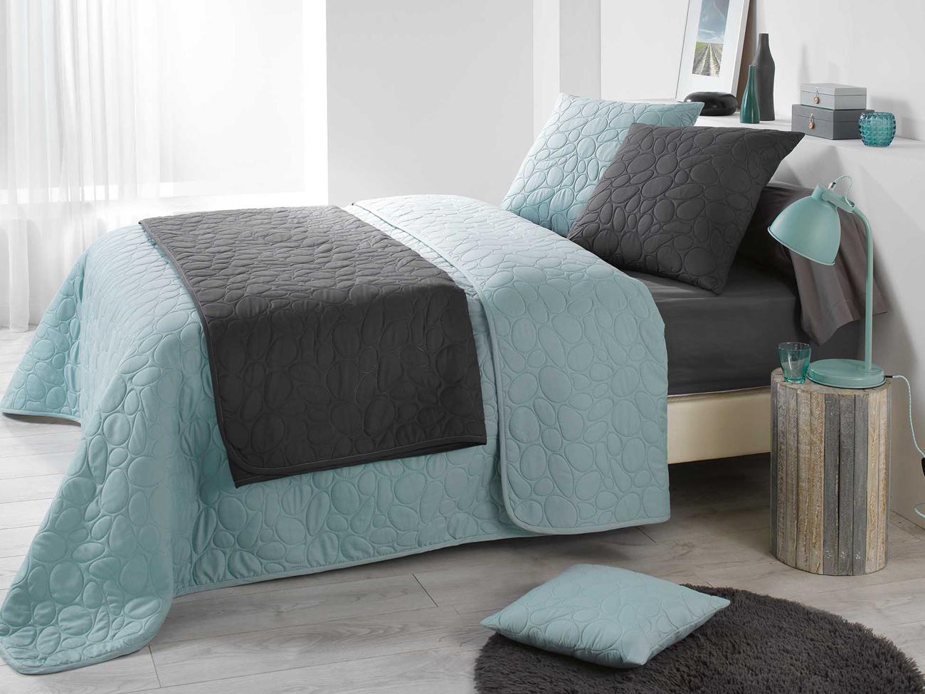 francuskie narzuty na ko. Black Bedroom Furniture Sets. Home Design Ideas